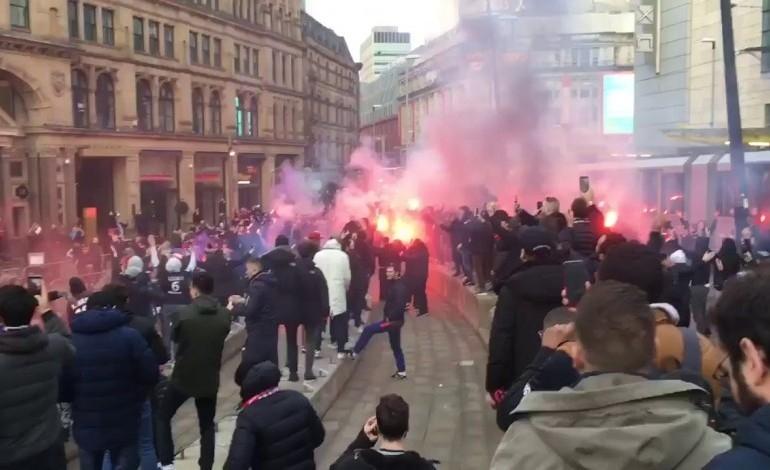 Fanúšikovia PSG obsadili centrum Manchestru + VIDEO