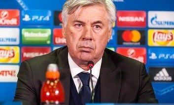 Hráči Bayernu po odvolaní Ancelottiho prehovorili: Trénovali sme tajne za jeho chrbtom!