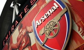 Komentár: Nie, Arsenal nevyhrá ani Európsku ligu