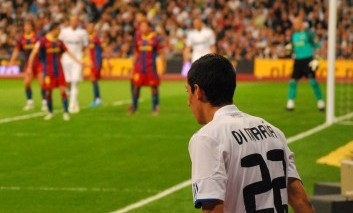 Di Maria do Barcelony? To by sa museli Blaugranas zblázniť